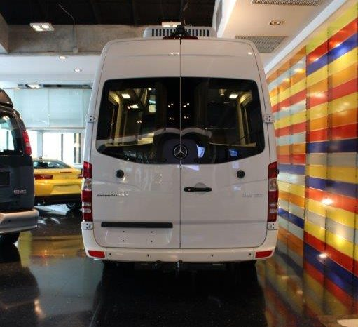 Benz Sprinter MOTORHOME (No Kitchen) full